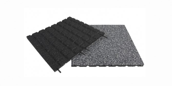 Safety mat with EPDM surface